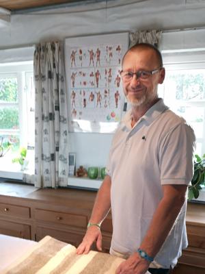 Zoneterapeut Klaus Askbo i klinik